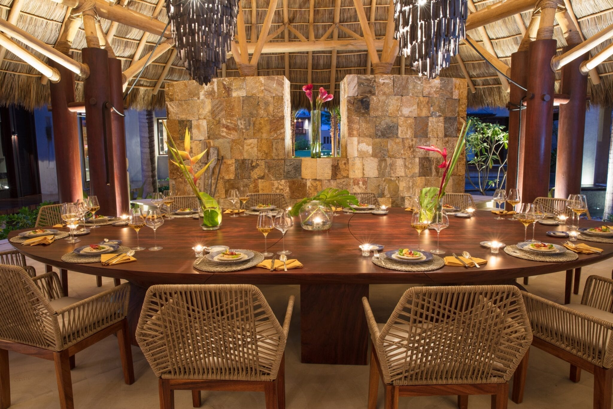 Casa Koko Dining Room Formal Setting