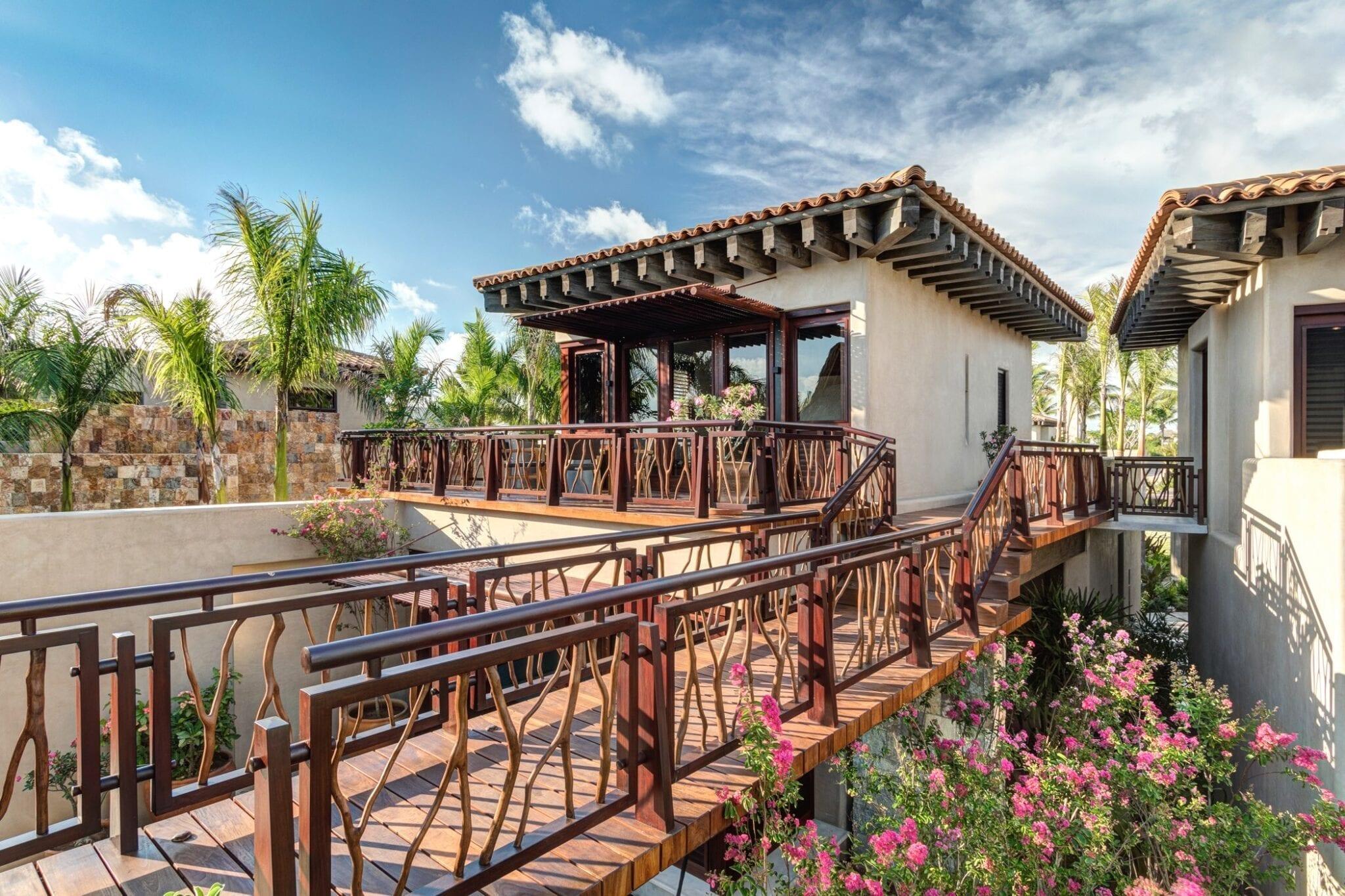 Casa Koko Entrance Brisa Suite