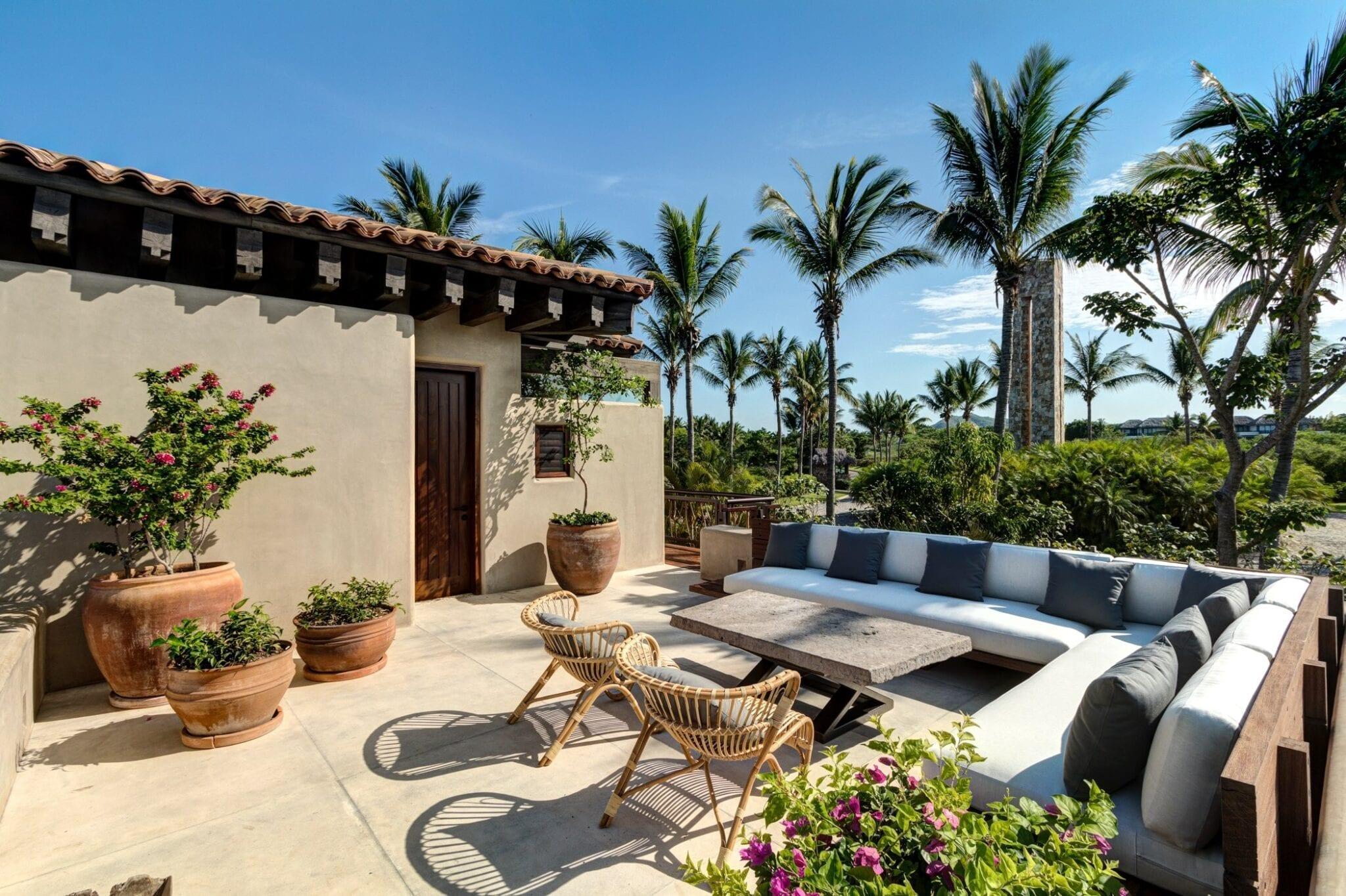 Casa Koko Outdoor Lounge