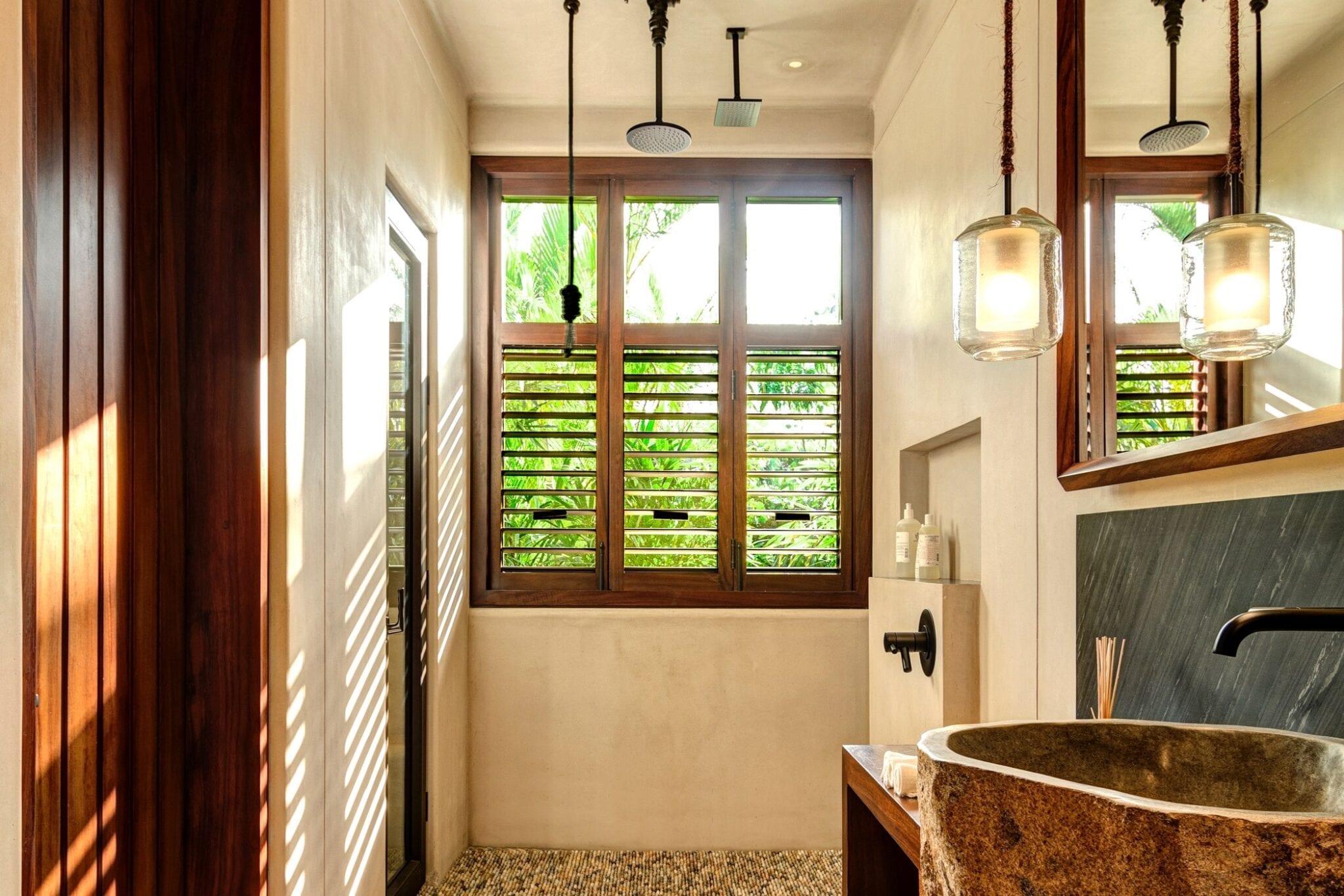Casa Koko Agua Spa Bathroom