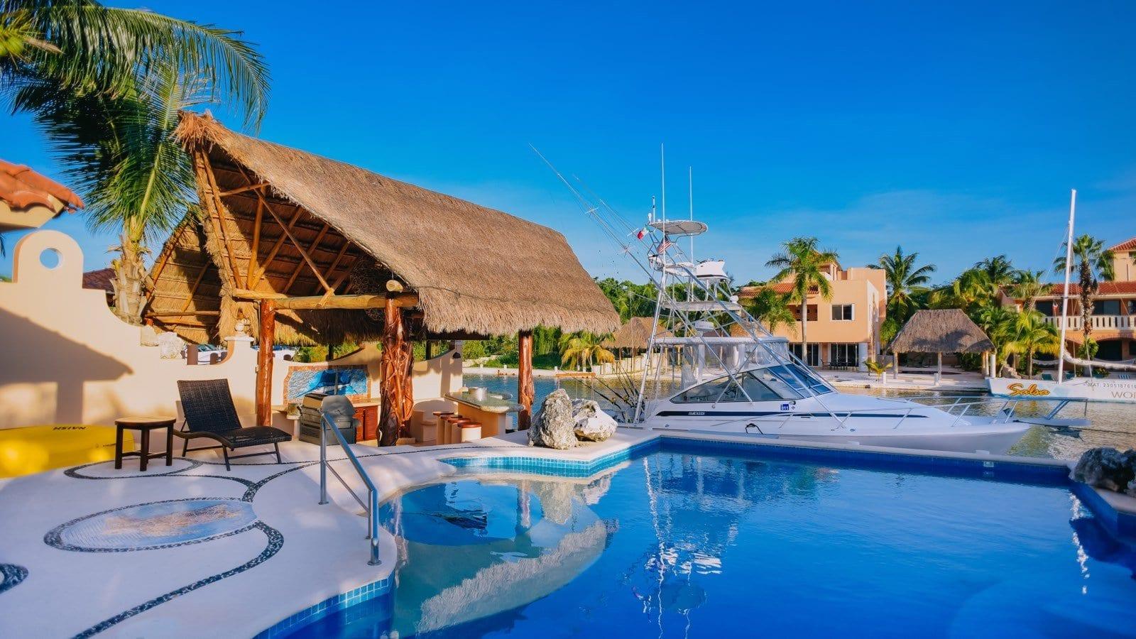 Marinera Riviera Maya