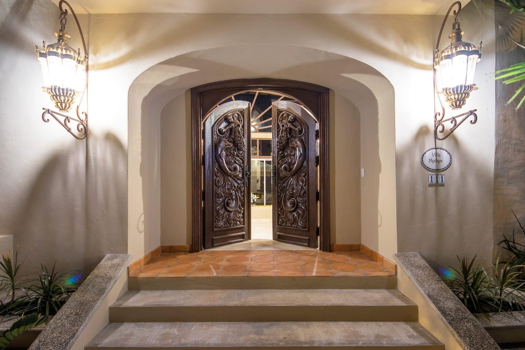 Villa Mystique